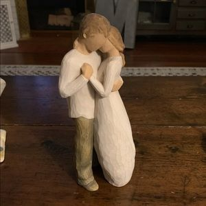 "Willow Tree Figures- ""Promise"""